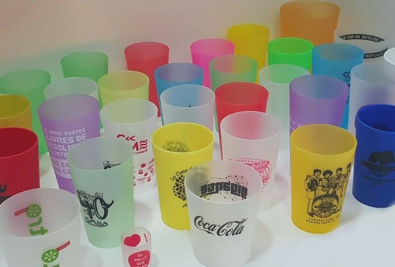 Como personalizar vasos reutilizables con tu logotipo
